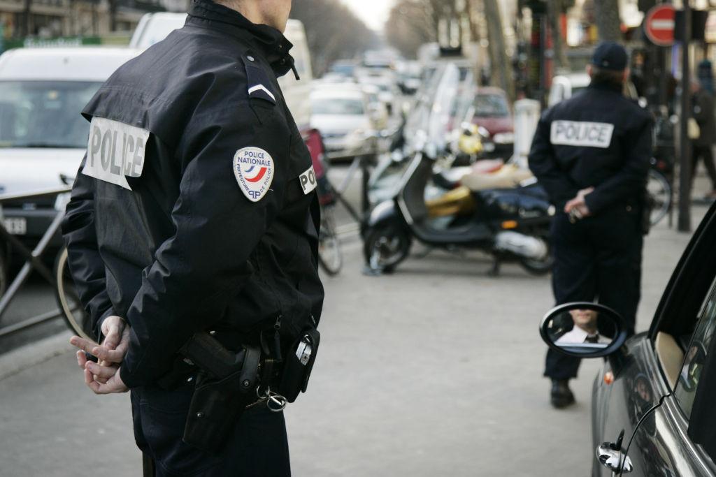 Luarea de ostatici din Paris s-a încheiat. Persoanele sechestrate au fost eliberate, dar agresorul a fugit – UPDATE