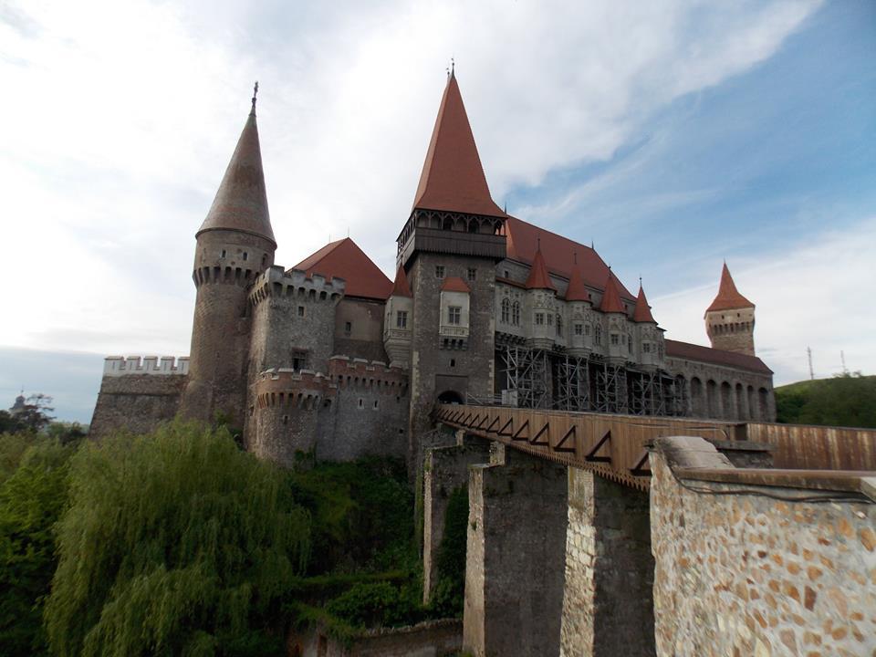 (Sursa foto: facebook.com/pages/Muzeul-Castelul-Corvinilor-Pagina-Oficiala)