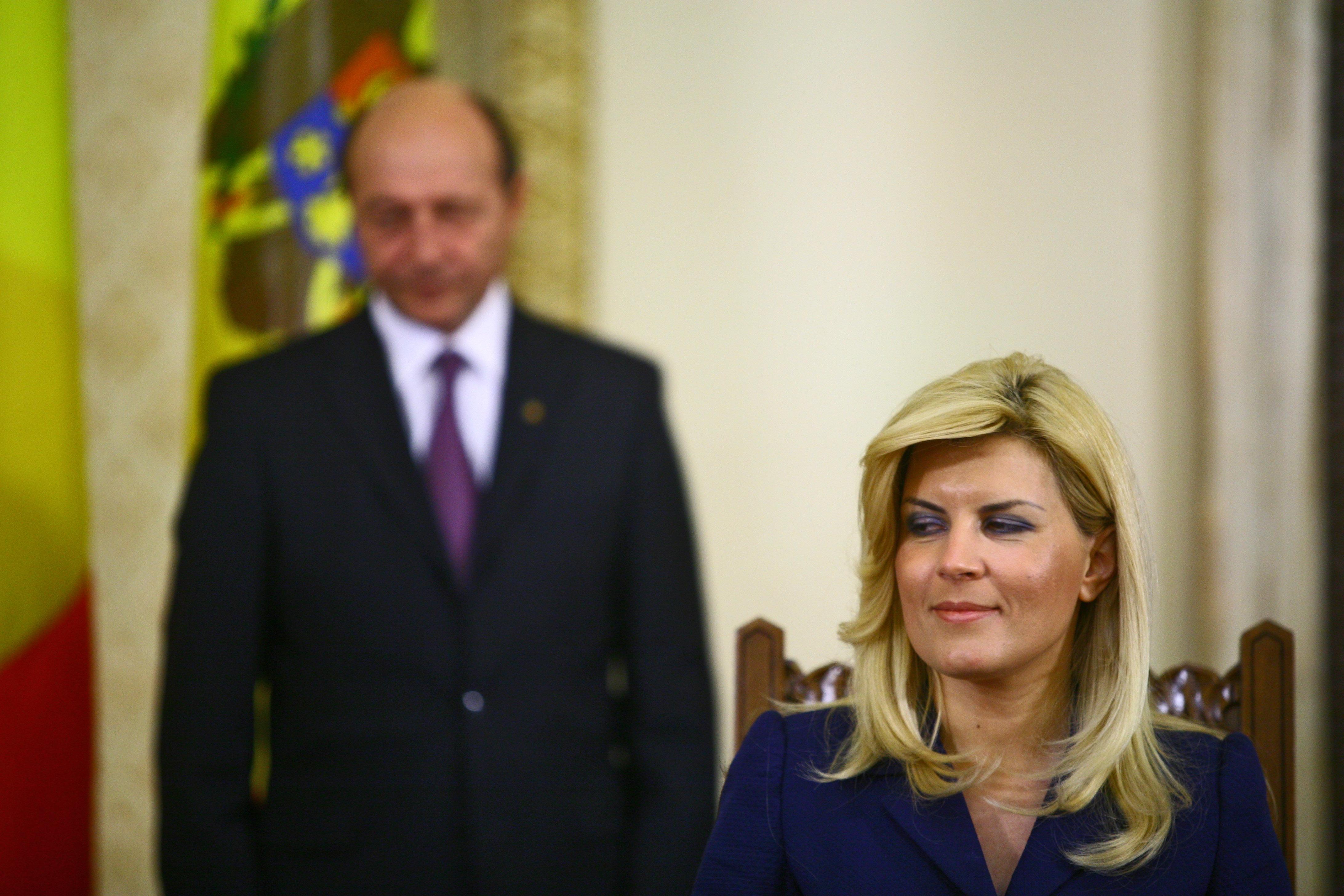 """PMP se dezice de Elena Udrea: """"Nu văd cine ar putea s-o voteze și pentru ce"""""""