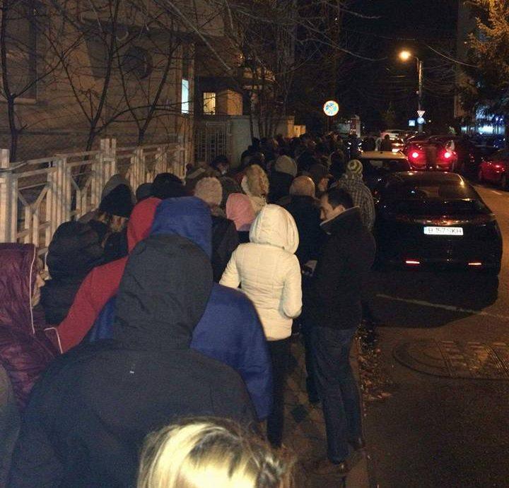 Moldovenii votează la Bucuresti