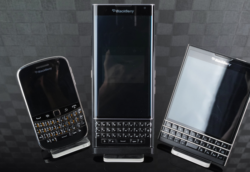 TCL Communication din China va produce dispozitive BlackBerry