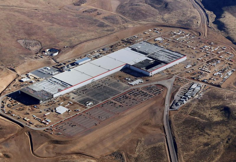 Tesla a început producţia bateriilor la