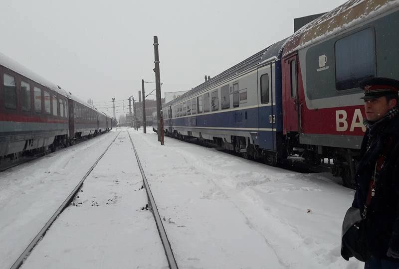 CFR Călători a anulat 99 de trenuri din cauza zăpezii