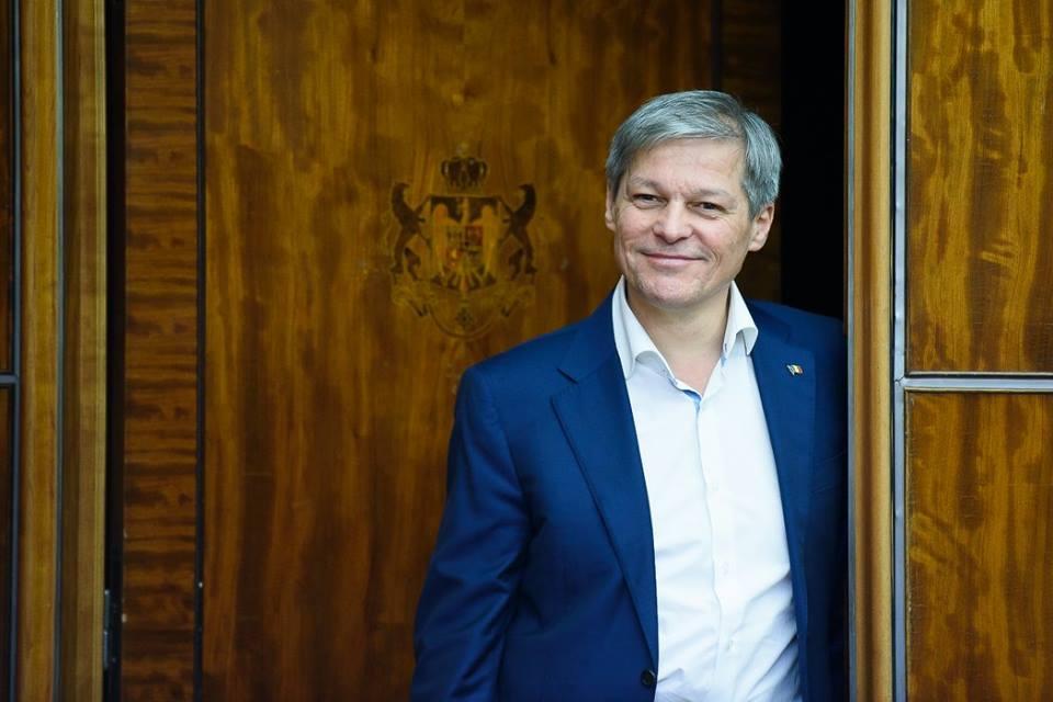 Dacian Cioloş nu va intra în USR. Cum îşi motivează decizia