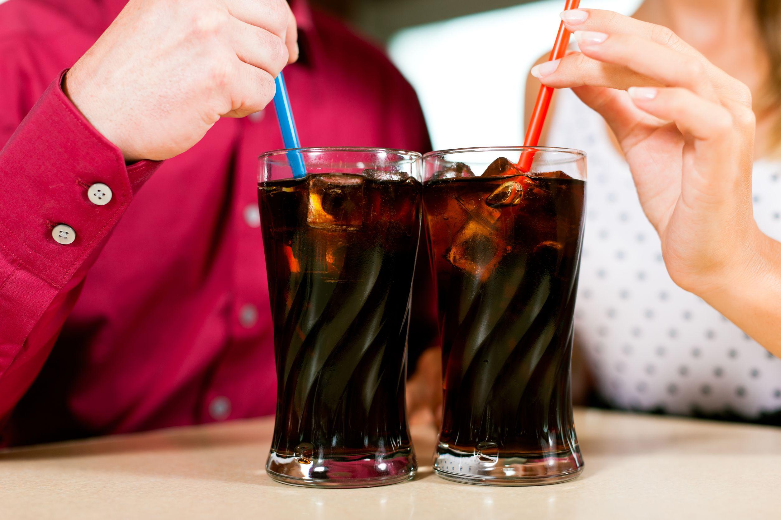 Care este adevărata diferență dintre Pepsi și Coca Cola