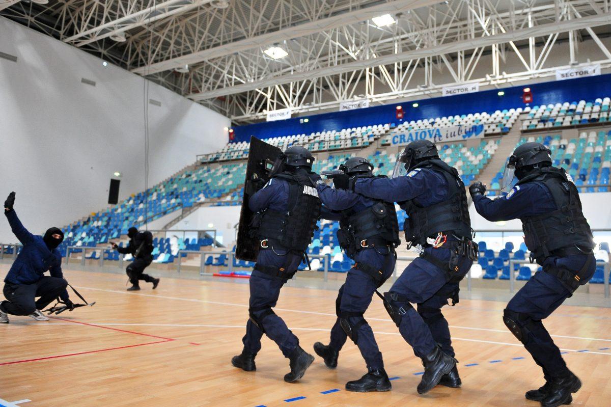 Cum ar reacționa România în cazul unui ATENTAT TERORIST