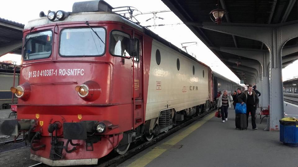 Transportul feroviar de călători trece la ora de vară. Modificarea se aplică din 26 martie